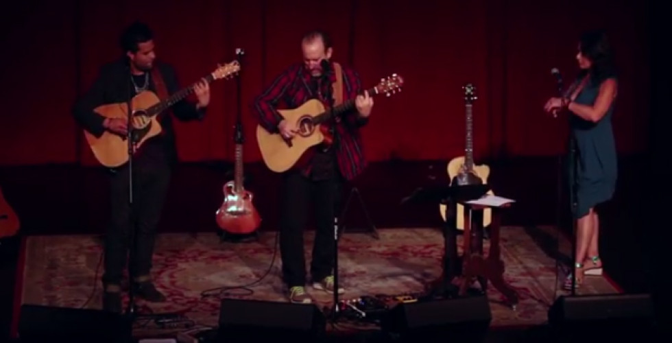 Colin Hay posted video with new songs