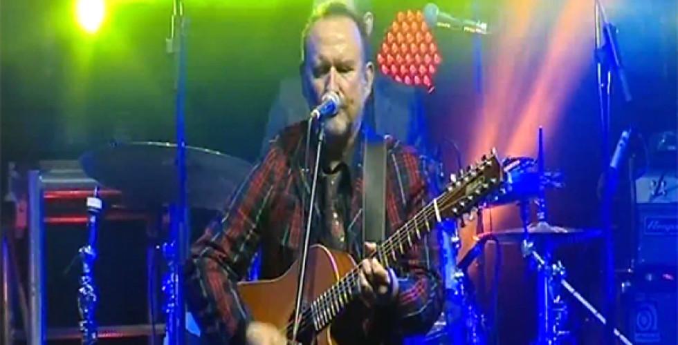Colin Hay plays at the APRA Awards